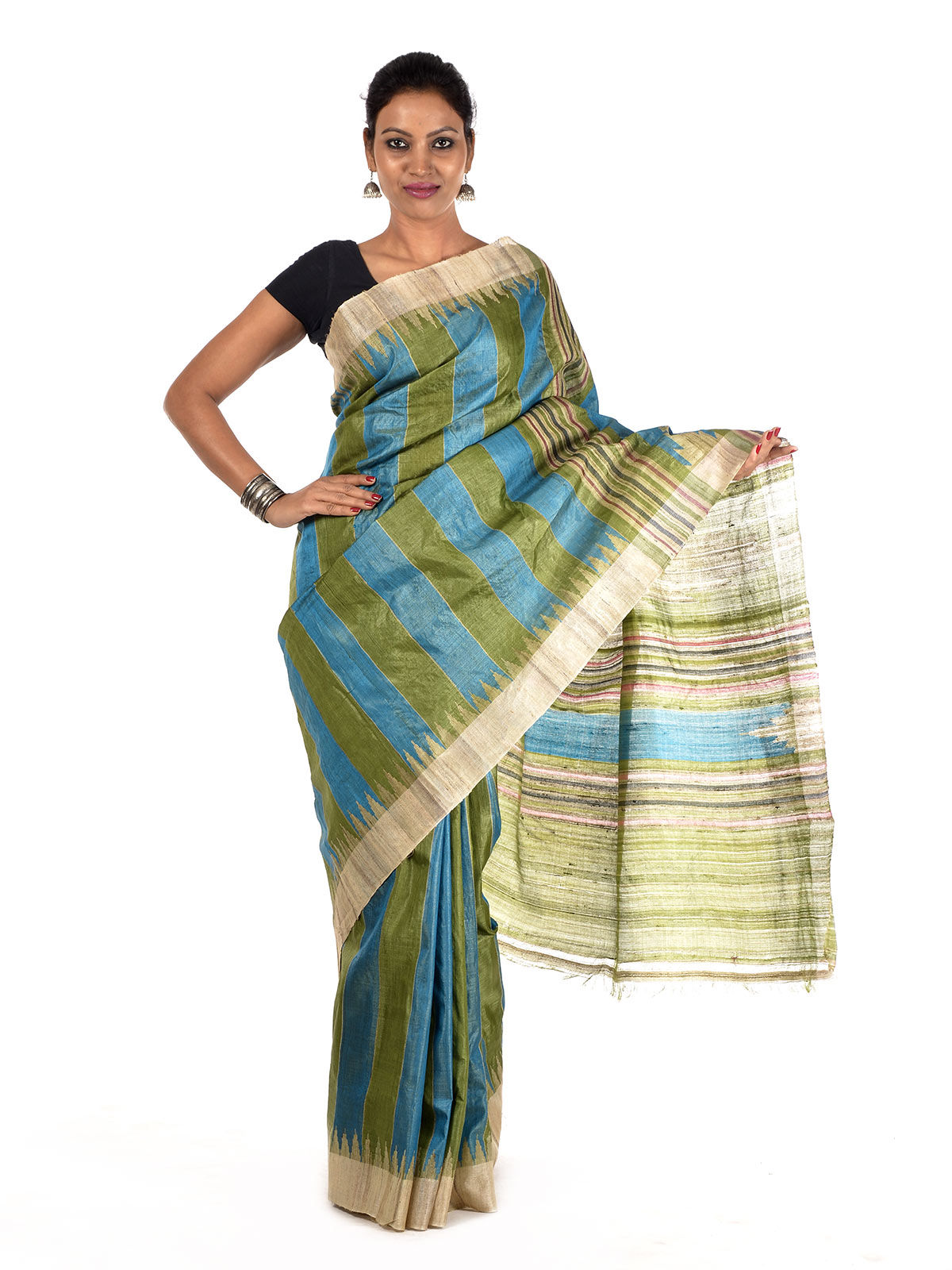 Zadvalin Tussar Silk Saree