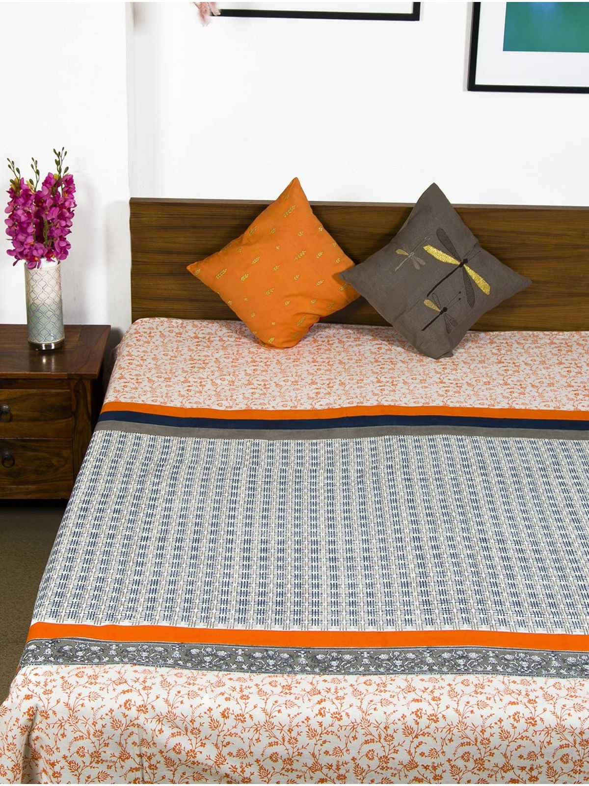 Inaya Double Bedsheet without Pillow Cover