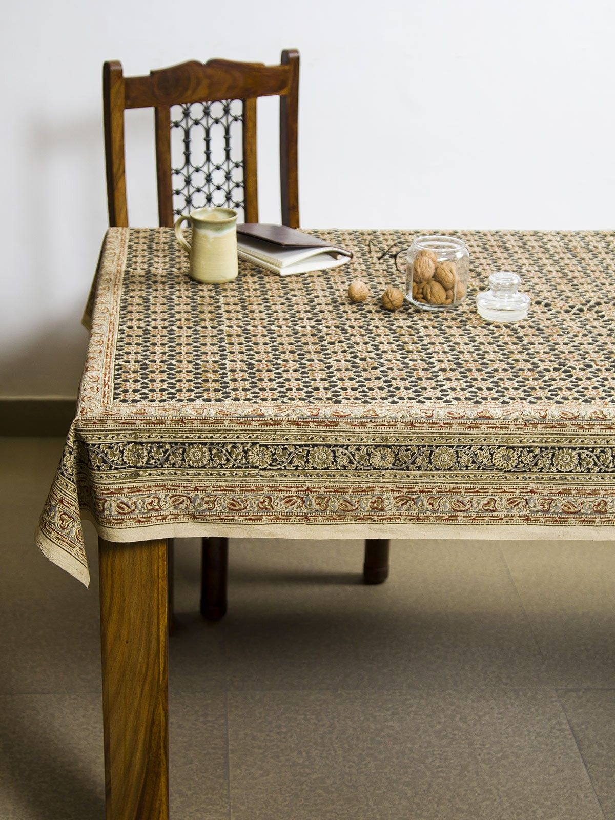 Charcoal Vayati Kalamkari 4 seater table cover
