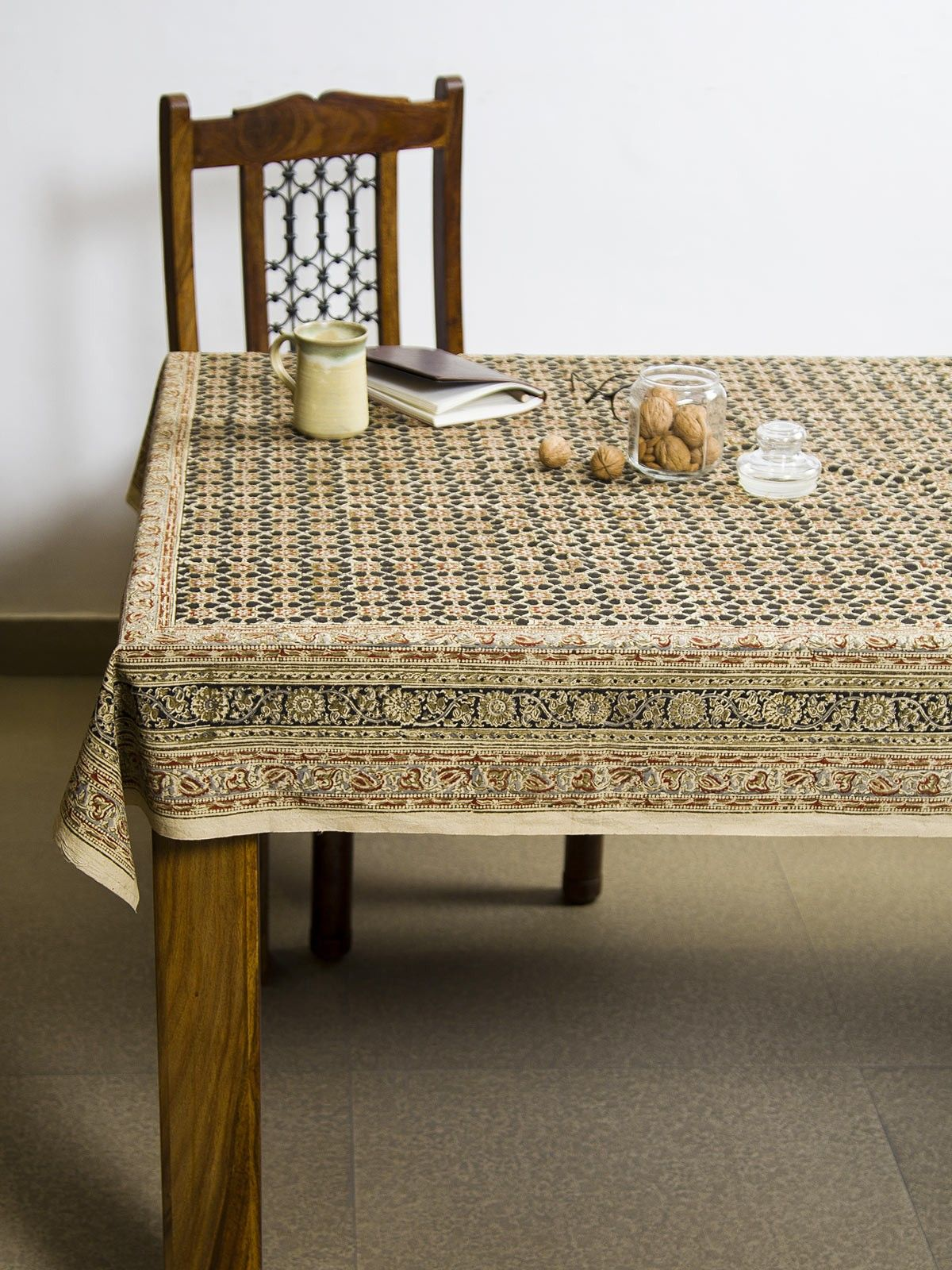 Charcoal Vayati Kalamkari 6 seater table cover