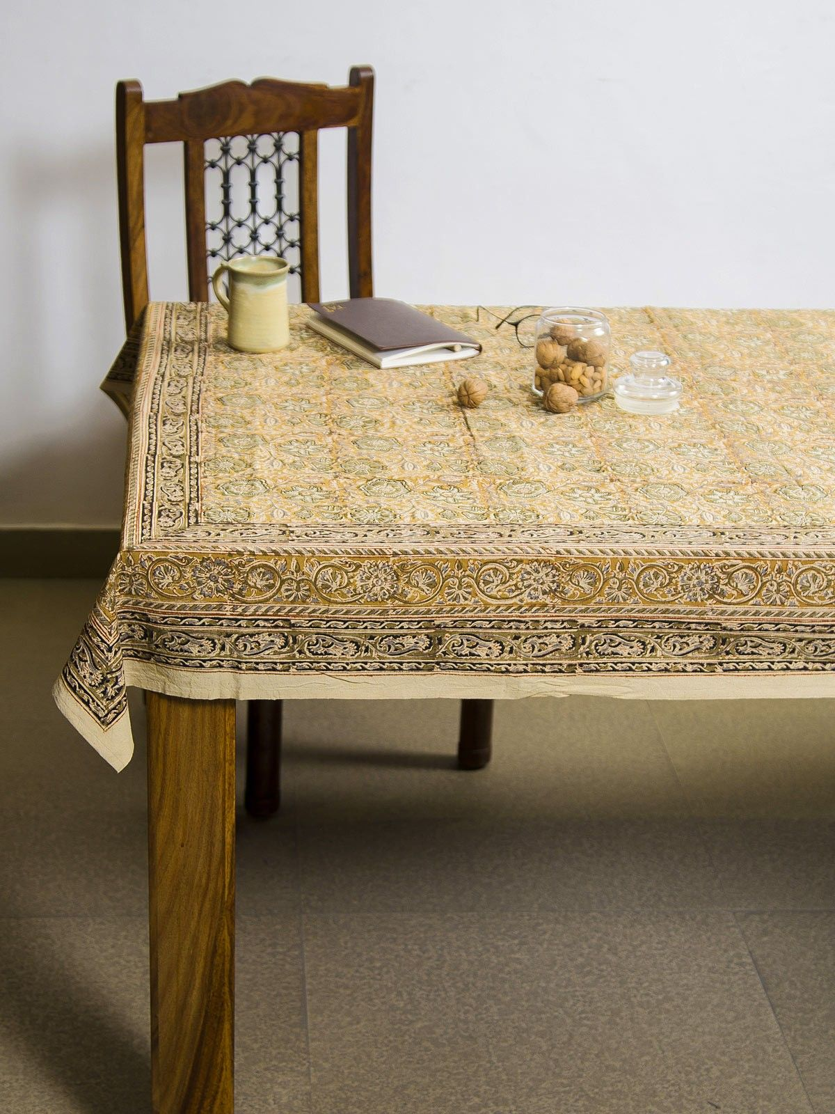 Dijon Sumana Kalamkari 6 seater table cover