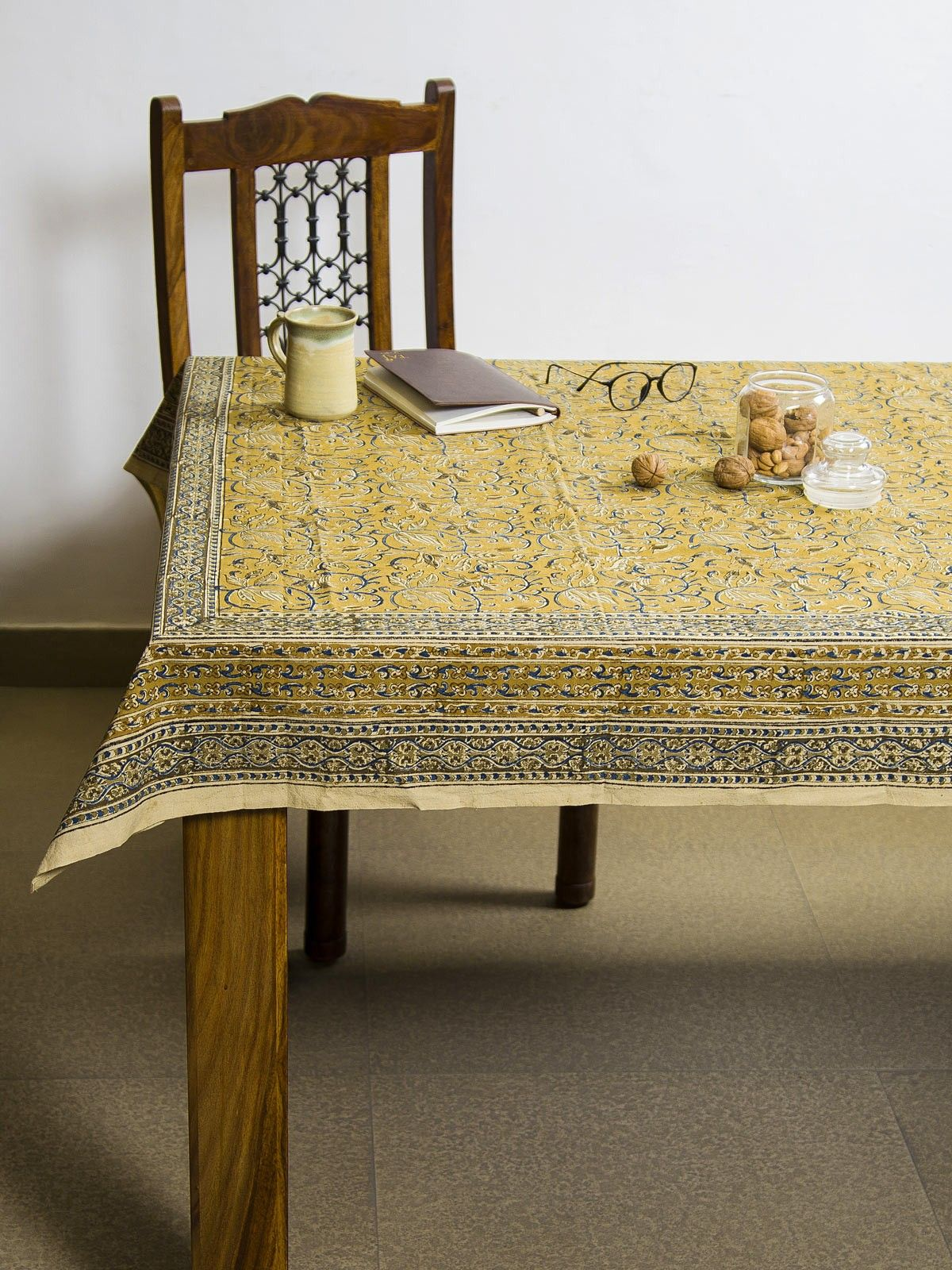 Mustard Ranha Kalamkari 6 seater table cover