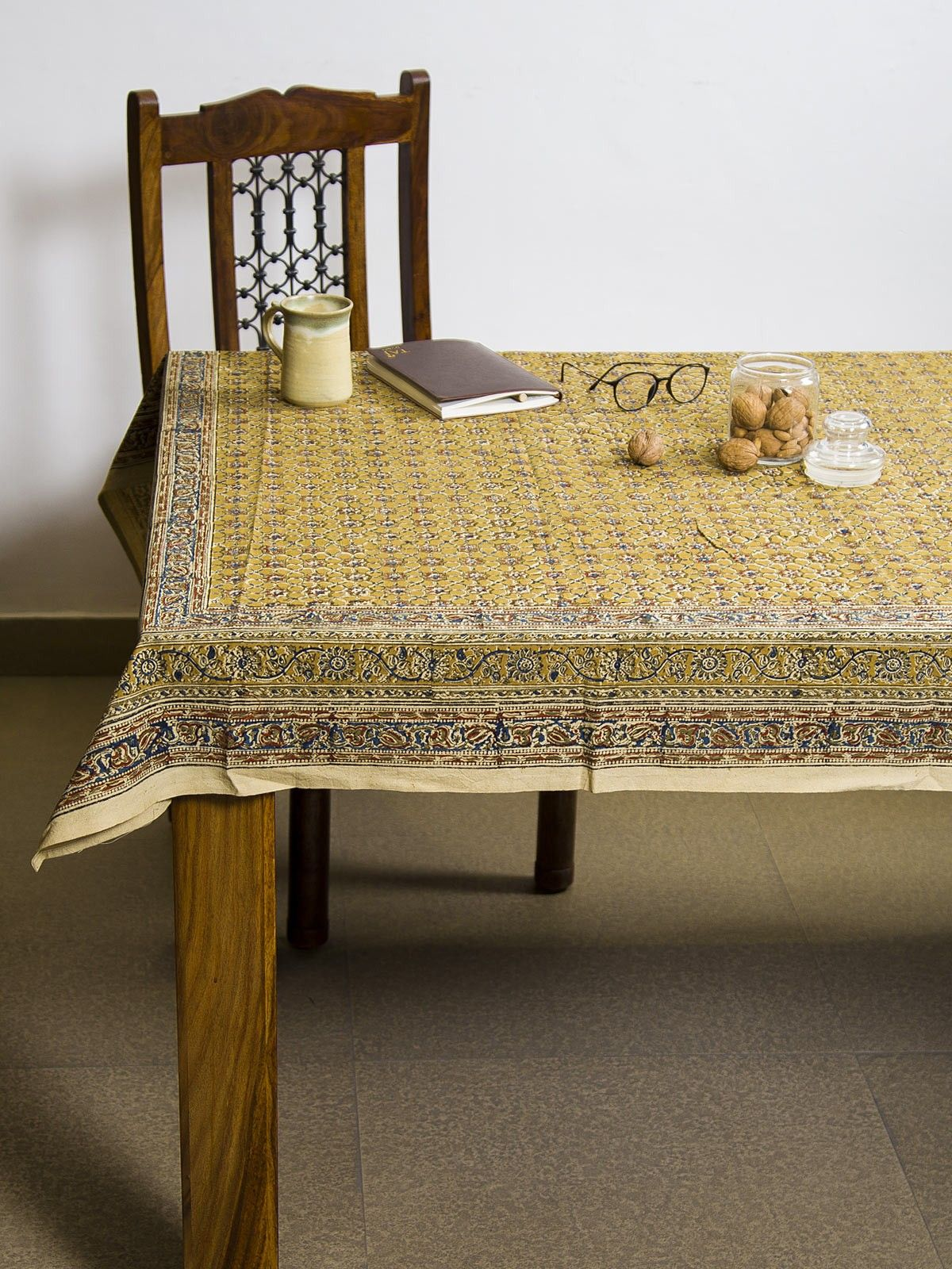 Dijon Vayati Kalamkari 6 seater table cover
