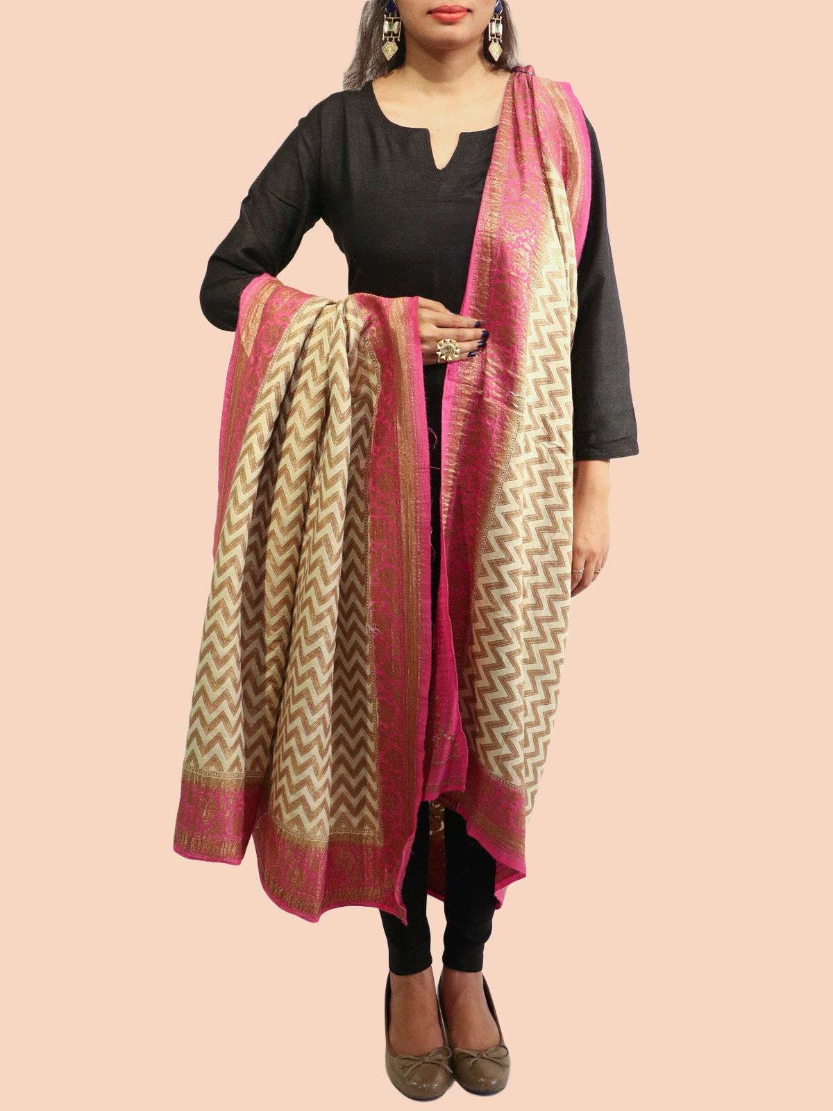 Beige-Pink Banarasi silk dupatta