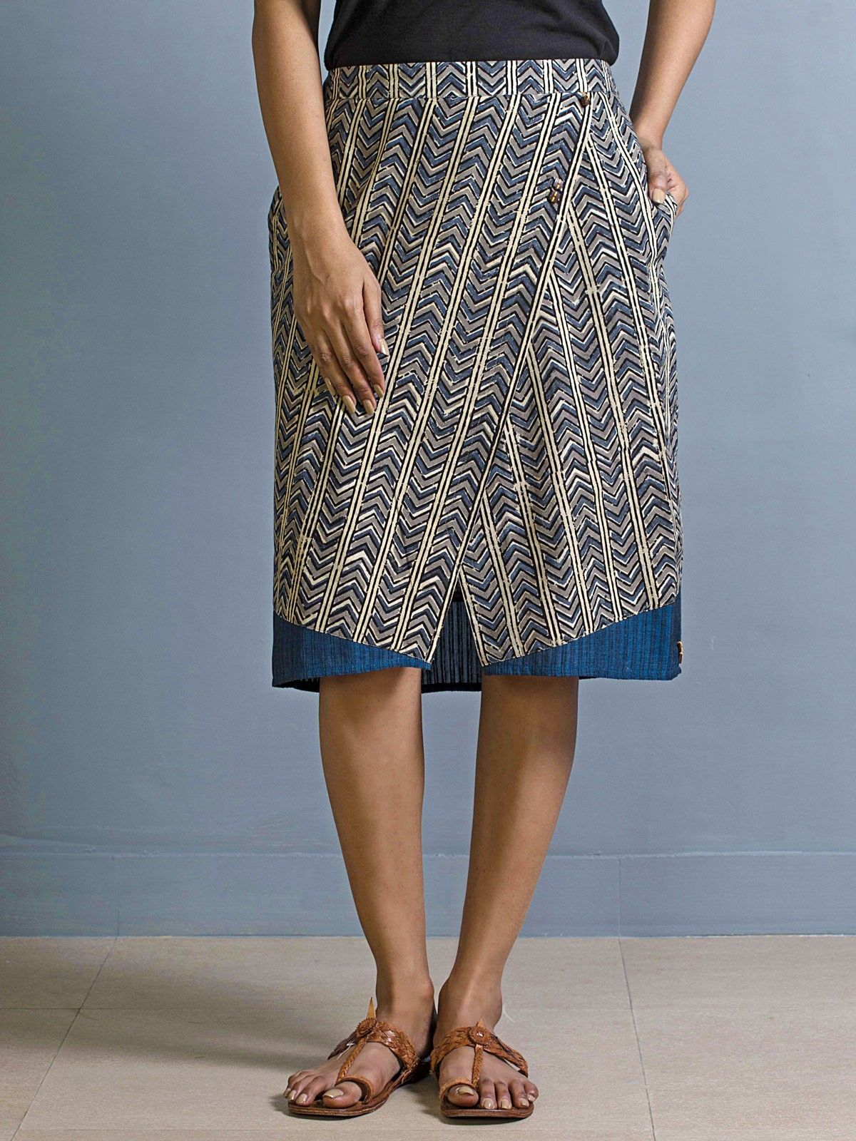 Anila astern skirt
