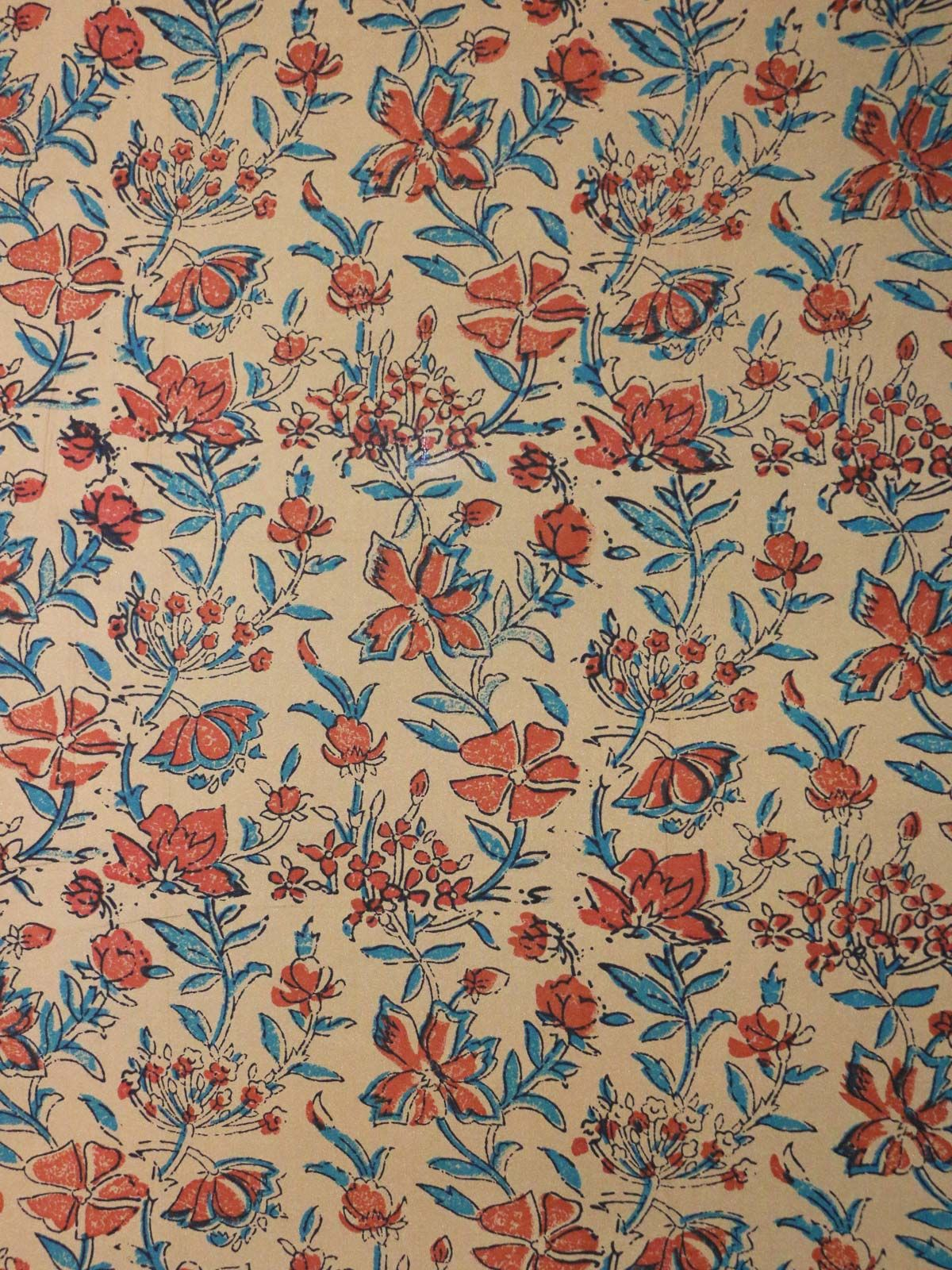 Floral printed mulberrry silk fabric