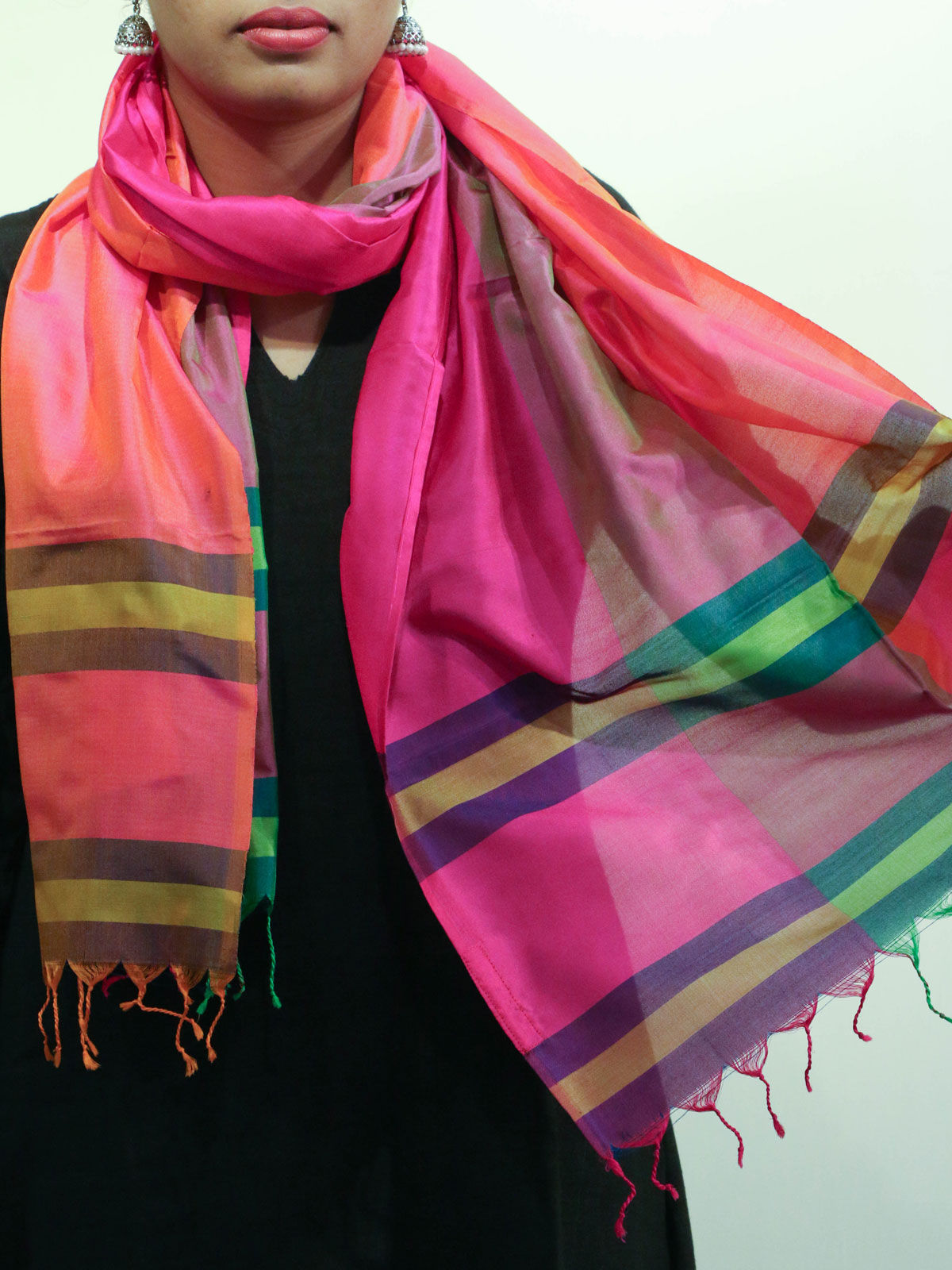 Pink color handwoven pure silk stole