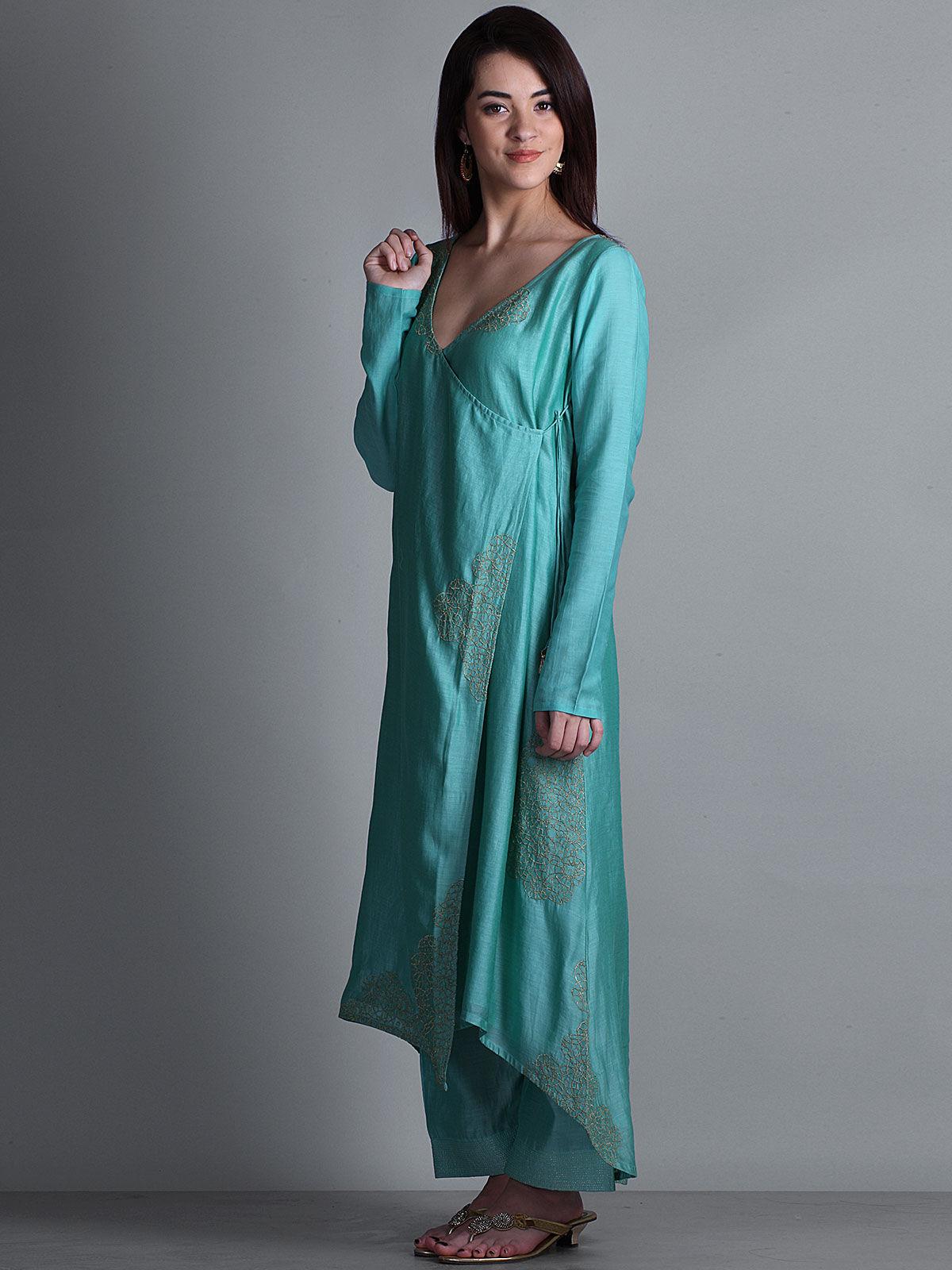 Sea green embroidered V- neck long chanderi kurta