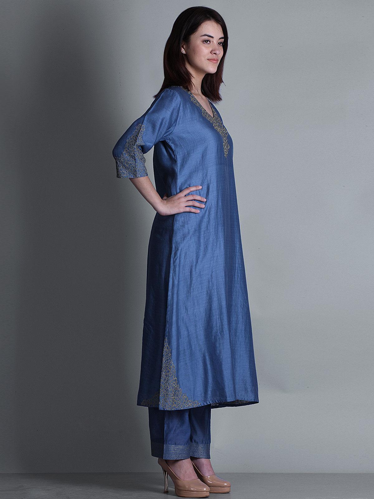 Blue embroidered round neck long chanderi kurta
