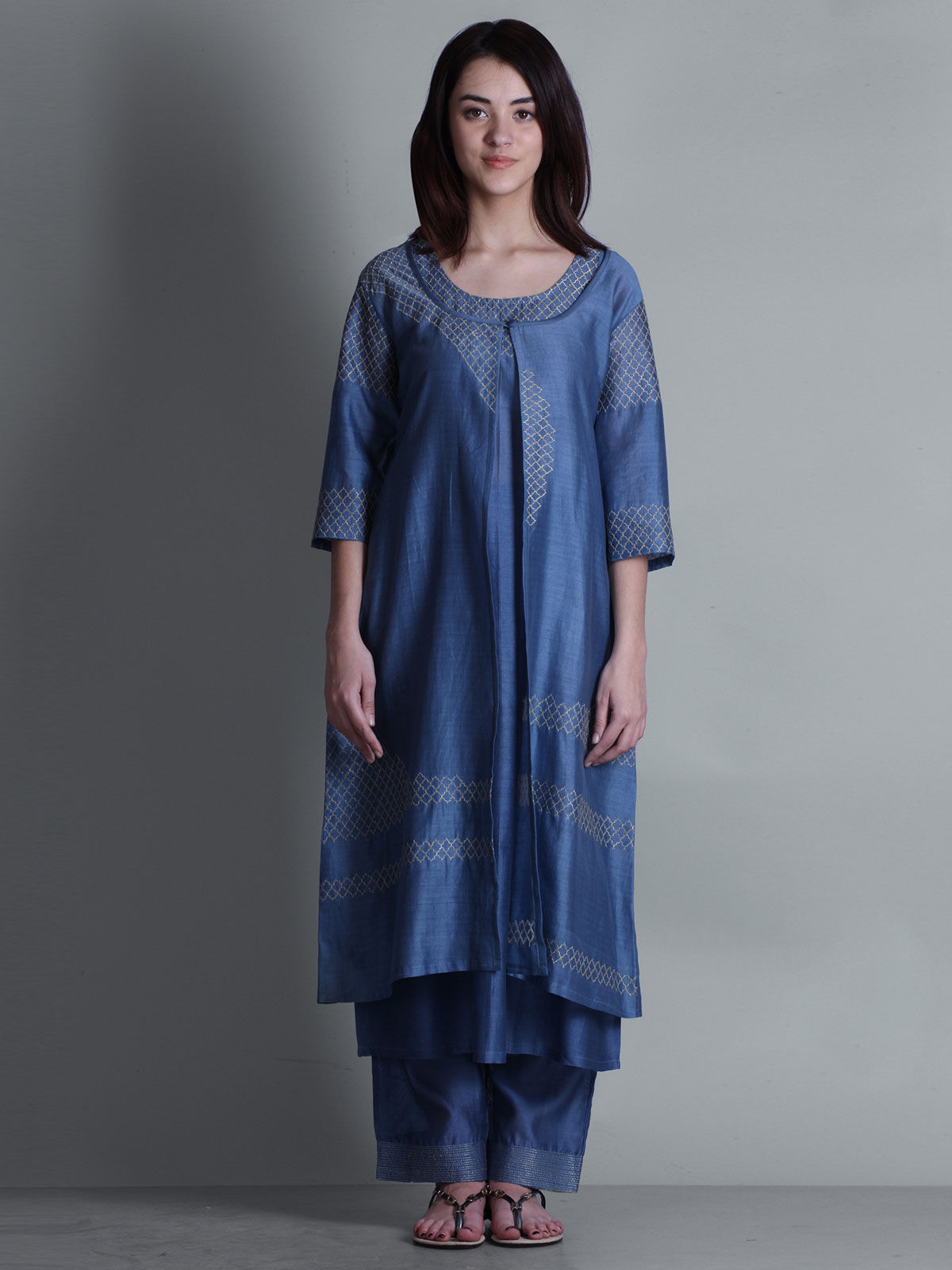 Blue embroidered V- neck long chanderi kurta