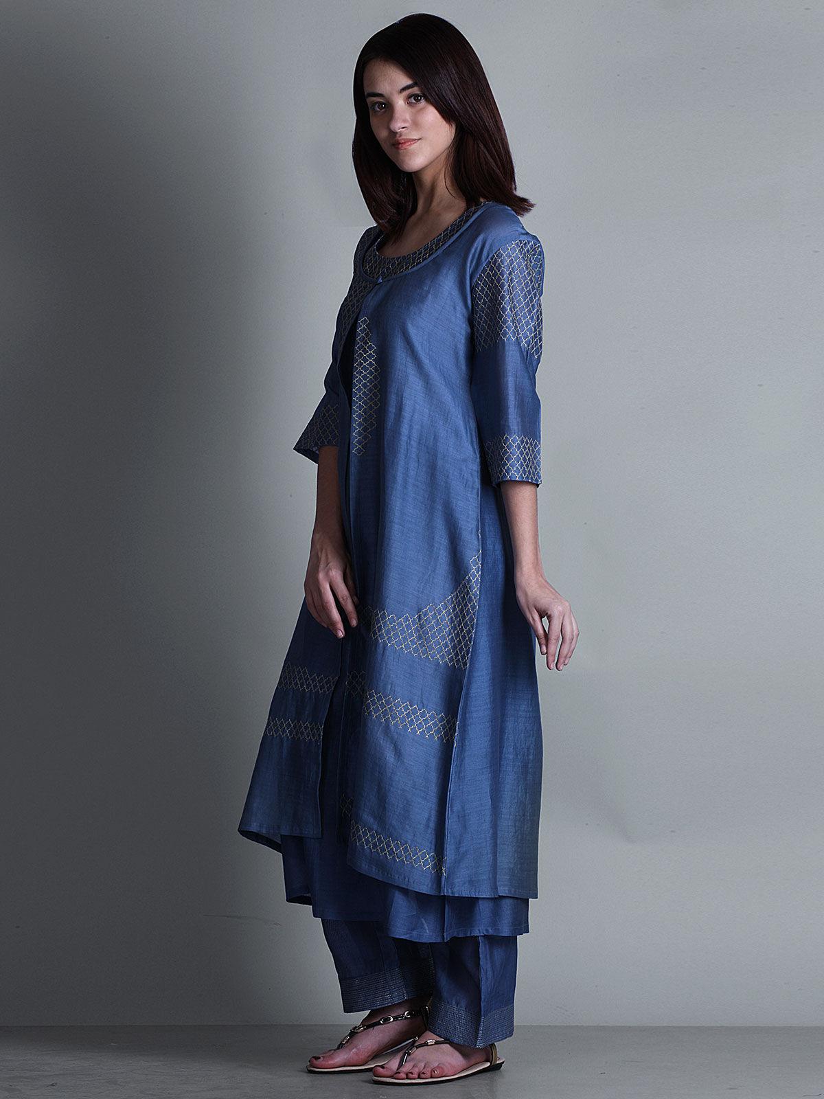 Blue embroidered V- neck long chanderi kurta
