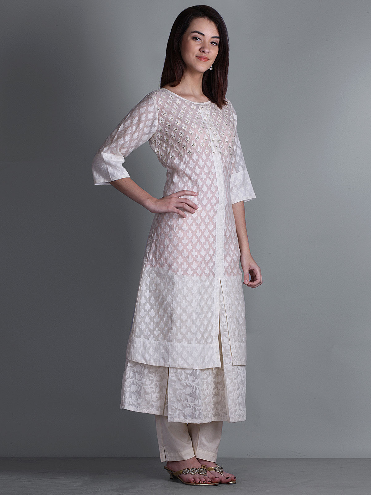 OFF WHITE 3/4th SLEEVES WITH PRINTED DOUBLE LAYERED KURTA
