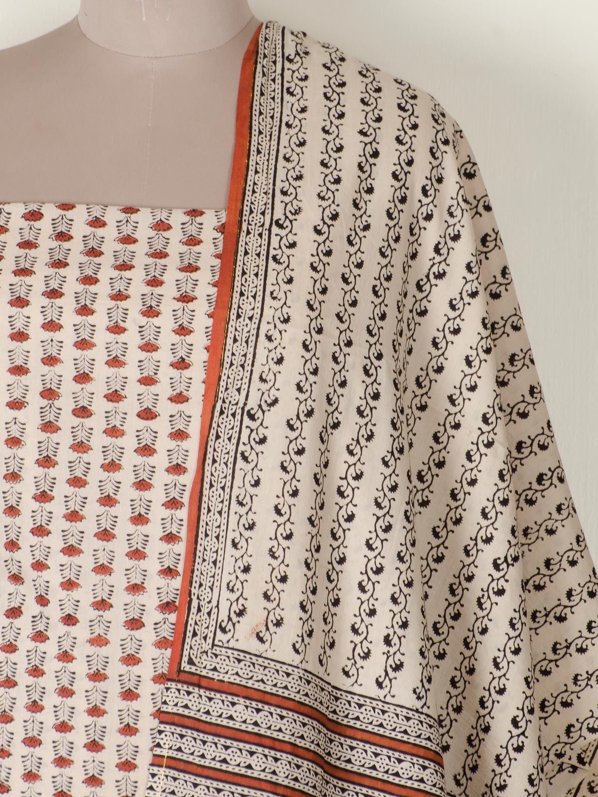 Mul cotton Rust color Dress Material With Dupatta