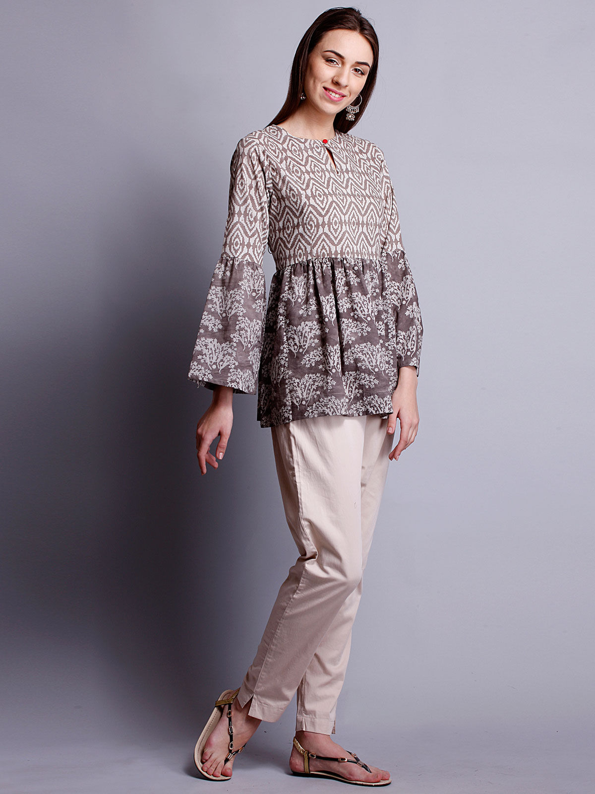 Full sleeves beige color top