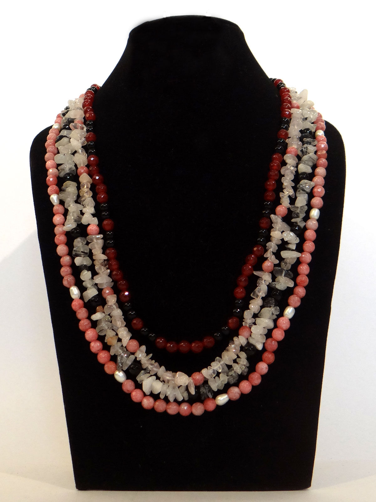 Alankriti multistring necklace with rose and grey quartz chips with earrings set
