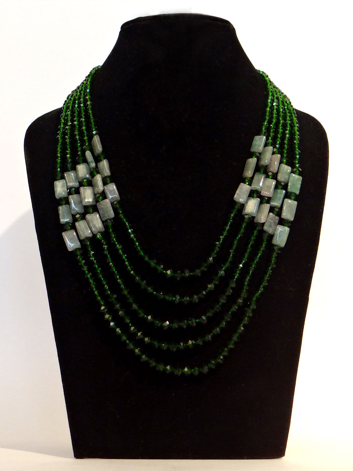 Alankriti green crystal with citirine block and earrings set