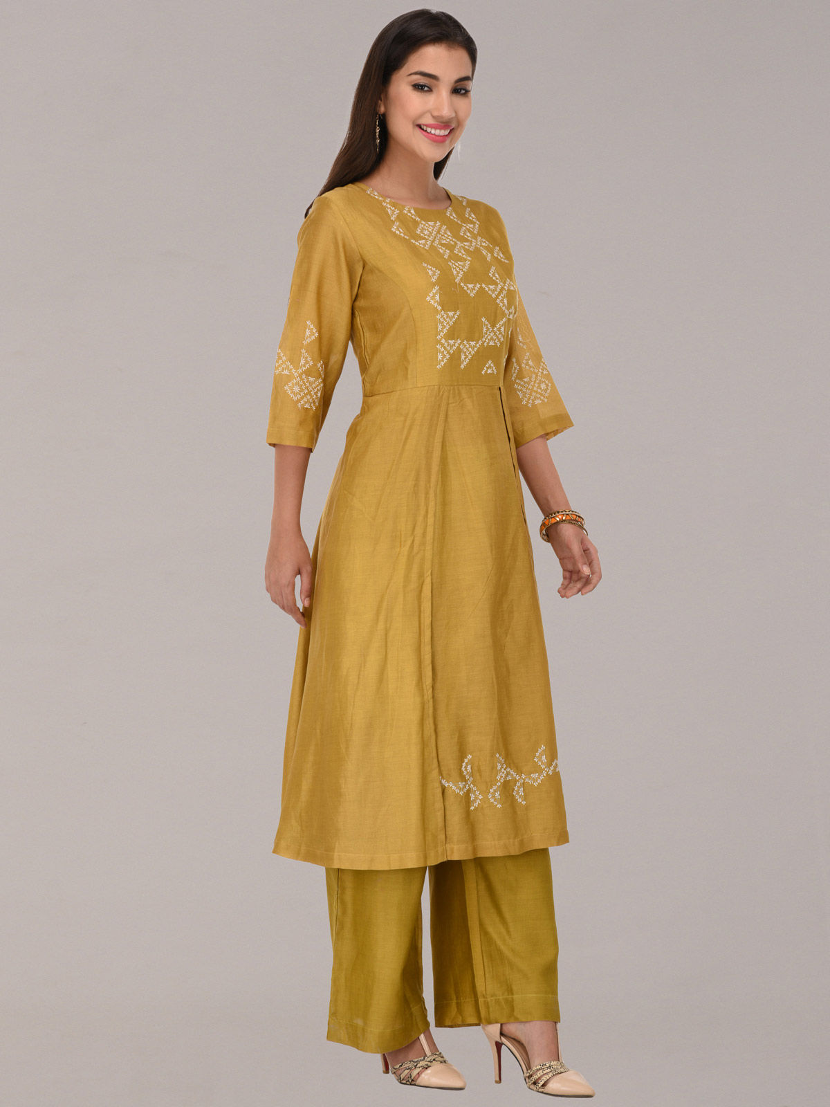 Embroided mustard chanderi silk flap tunic with bottom