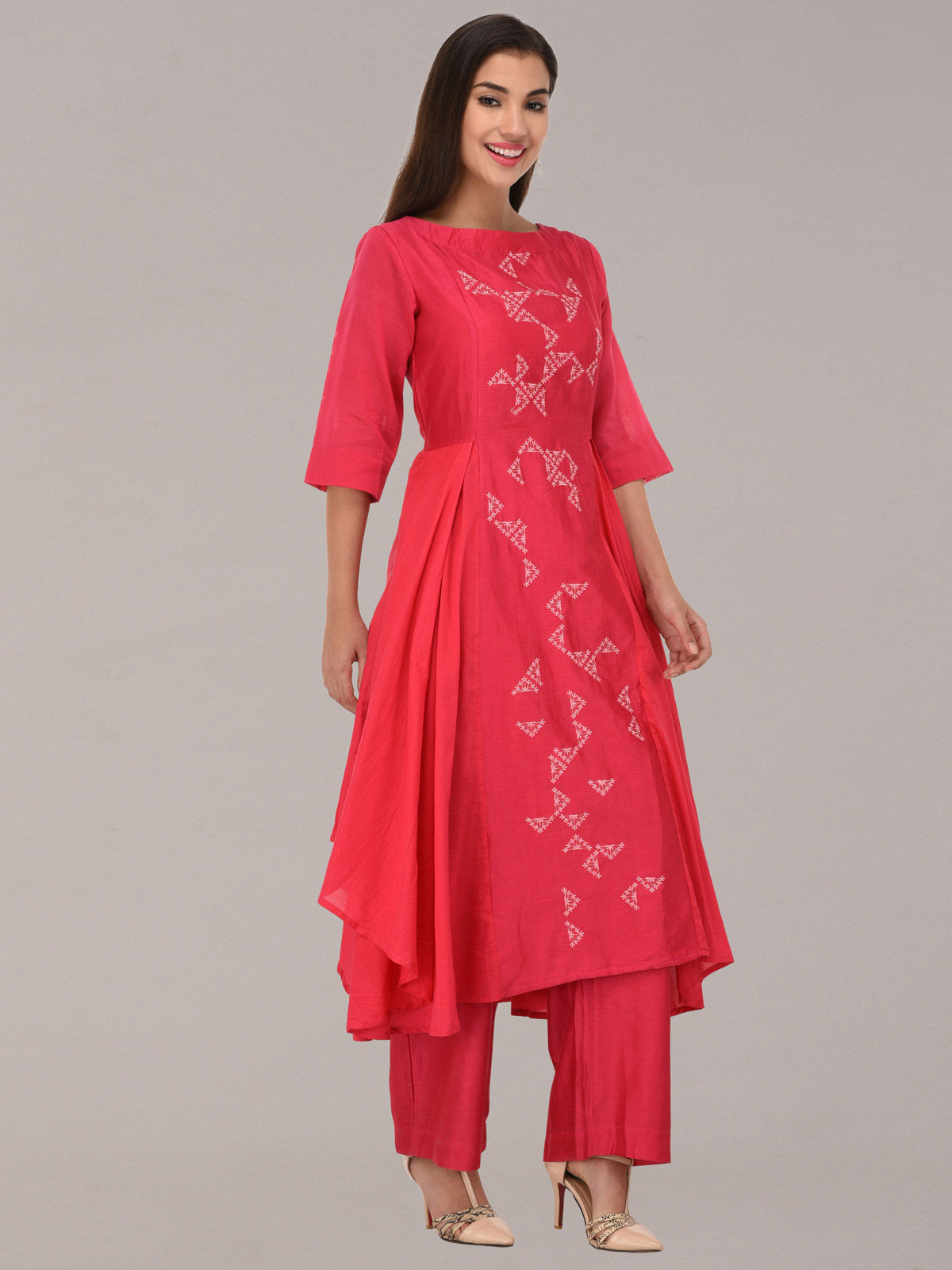 Embroided pink chanderi silk flare flare tunic with bottom