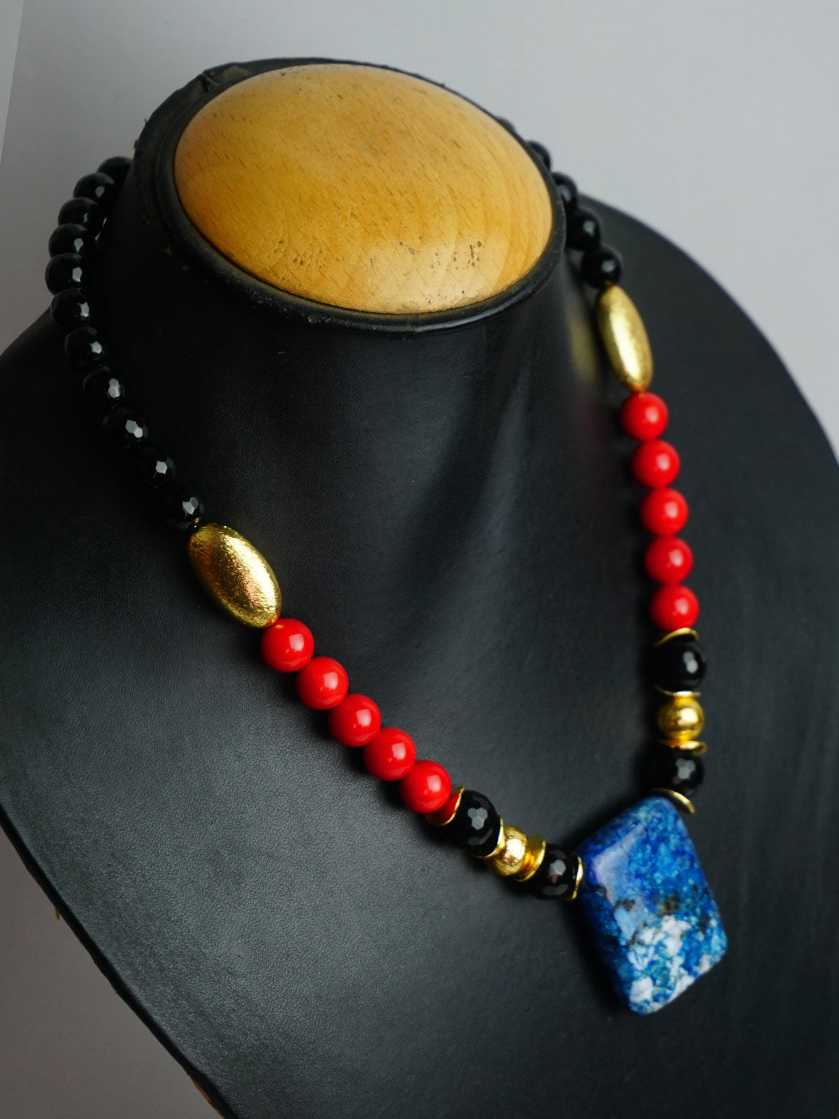 Crafted  Red  stone Jewellery