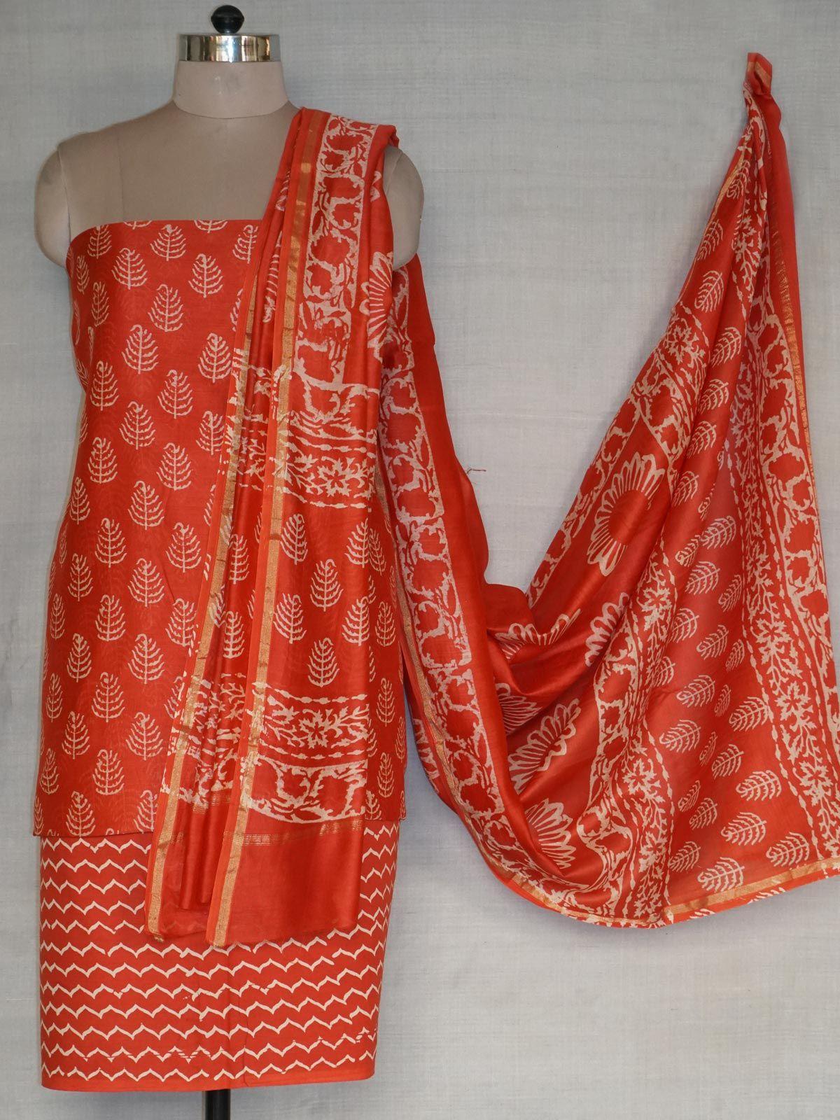 A set of chanderi kurta ,dupatta and cotton bottom.