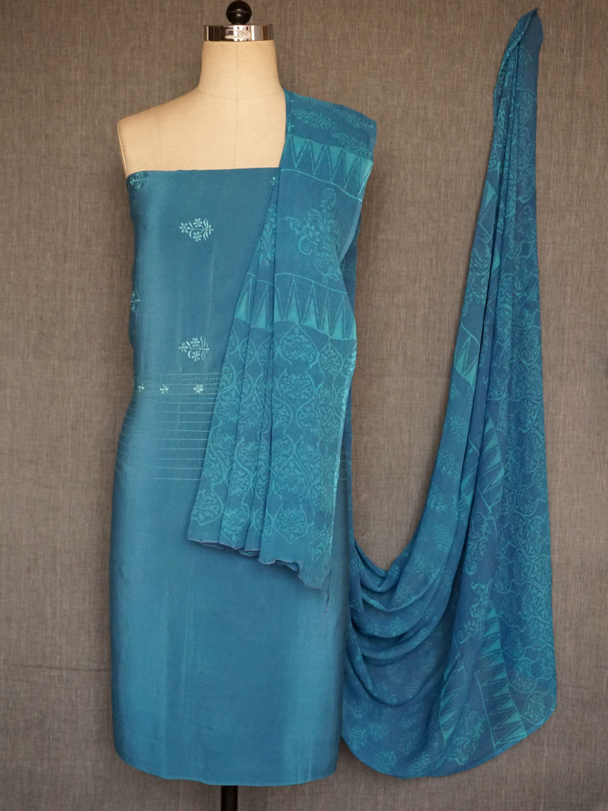 light blue crepe silk  embroided dress material with chiffon dupatta