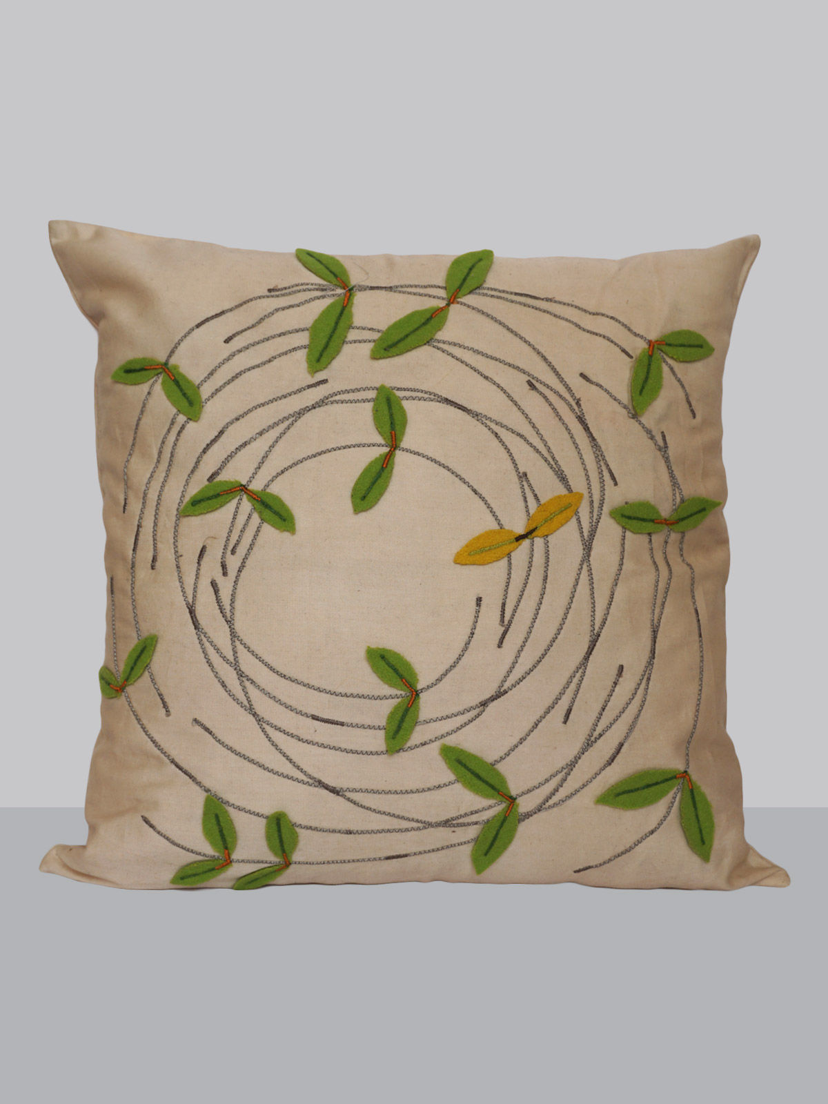 Off-white felt patchwork emroidered circuler leaf pattern cotton cushion cover