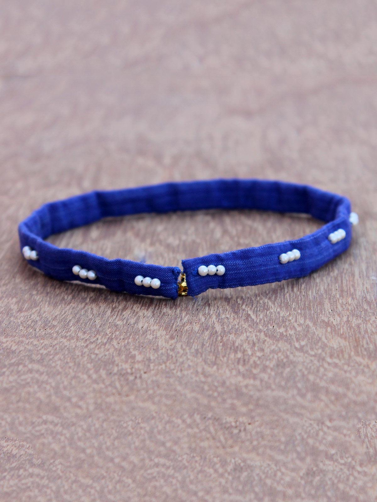 Tara blue bead choker