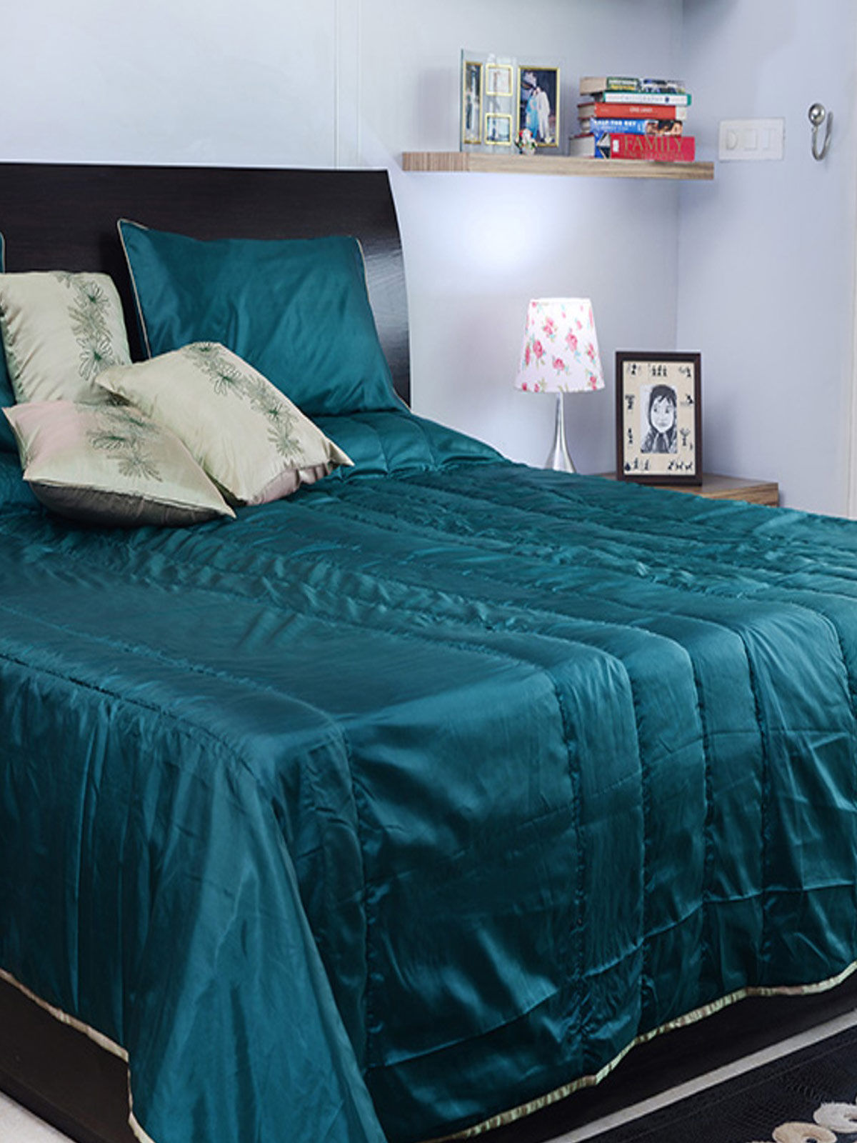 Handmade Green Reversible Double Bed Cover with 2 Pillow Covers & 3 cushion covers