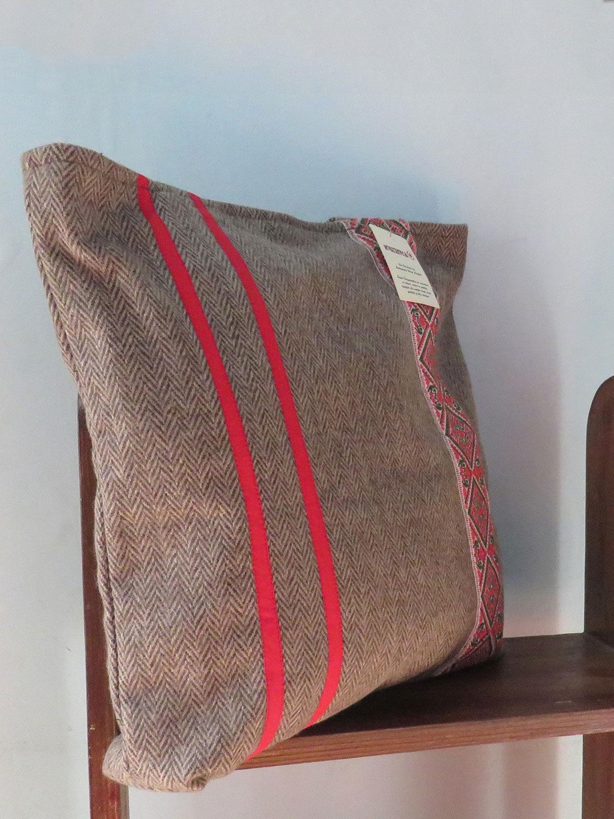 Tweed Handwoven Shoulder bag