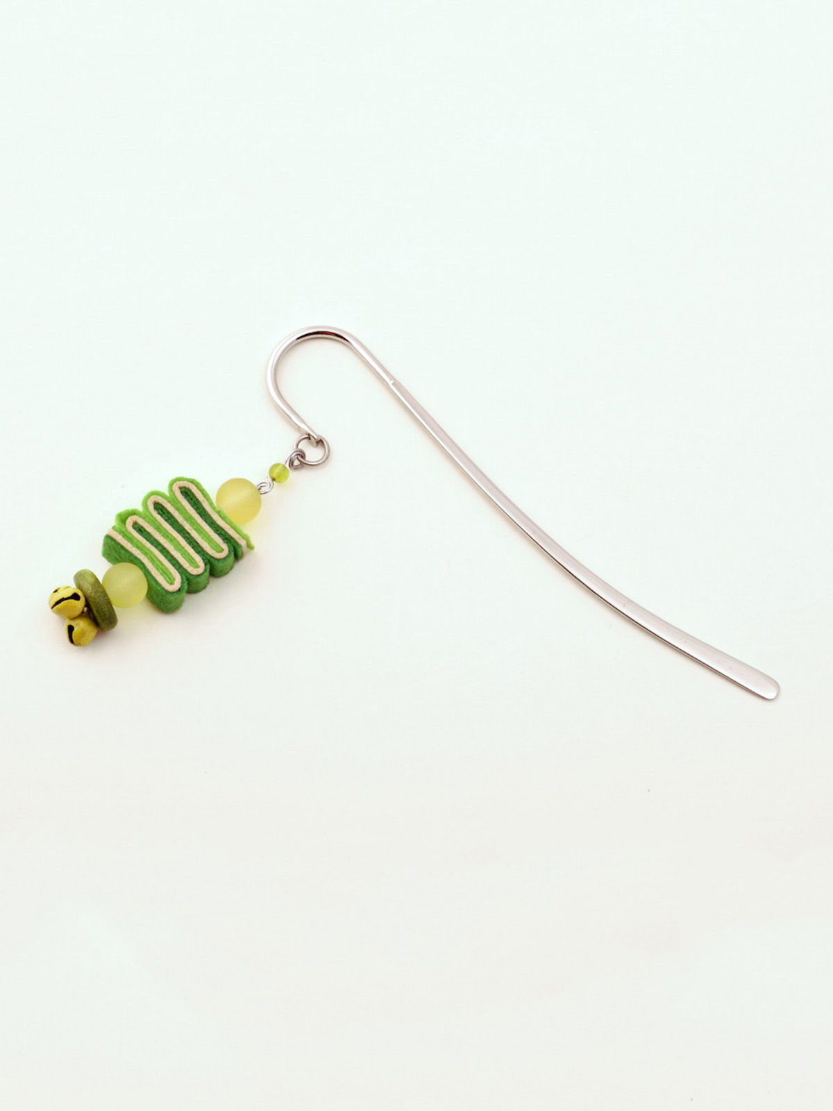 Bookworm Bookmark - Green