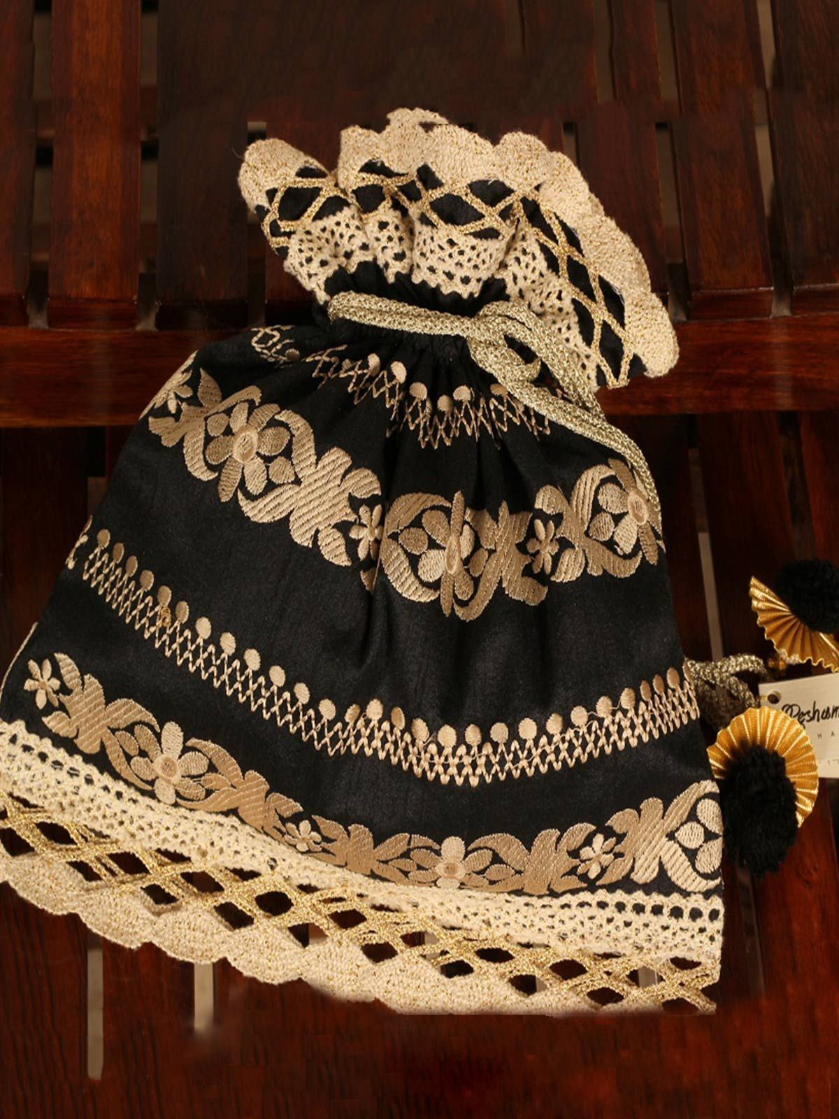 Black Raina Potli