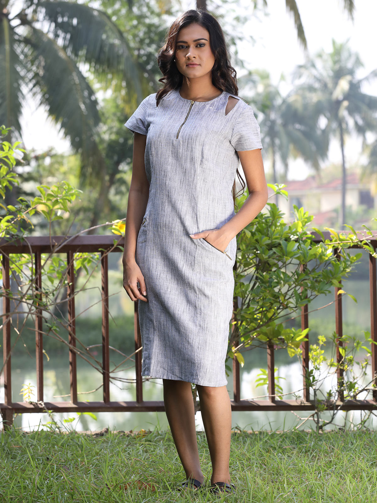 Grey color diagonal patchwork cotton slub dress