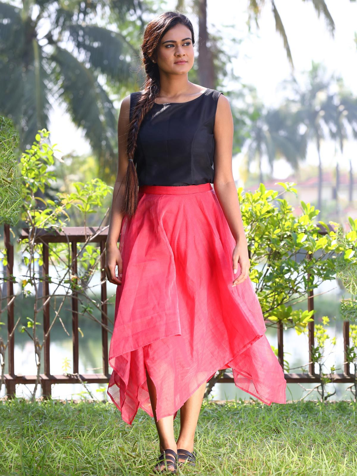 Red handloom cotton silk falred skirt