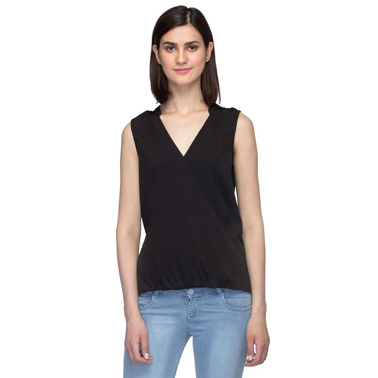 ec7c71b3745f2b Buy Oxolloxo Black V-neck Sleeveless Top