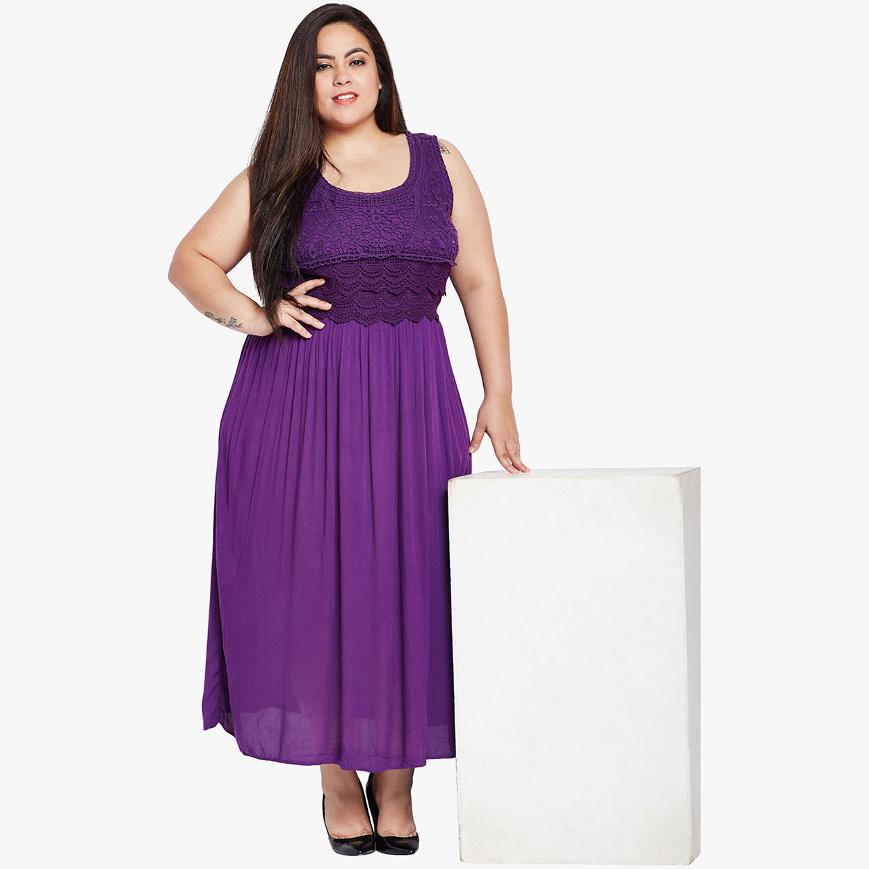8dbf809cbd20 Buy Oxolloxo Purple Waist Detailed Lace Maxi Dress