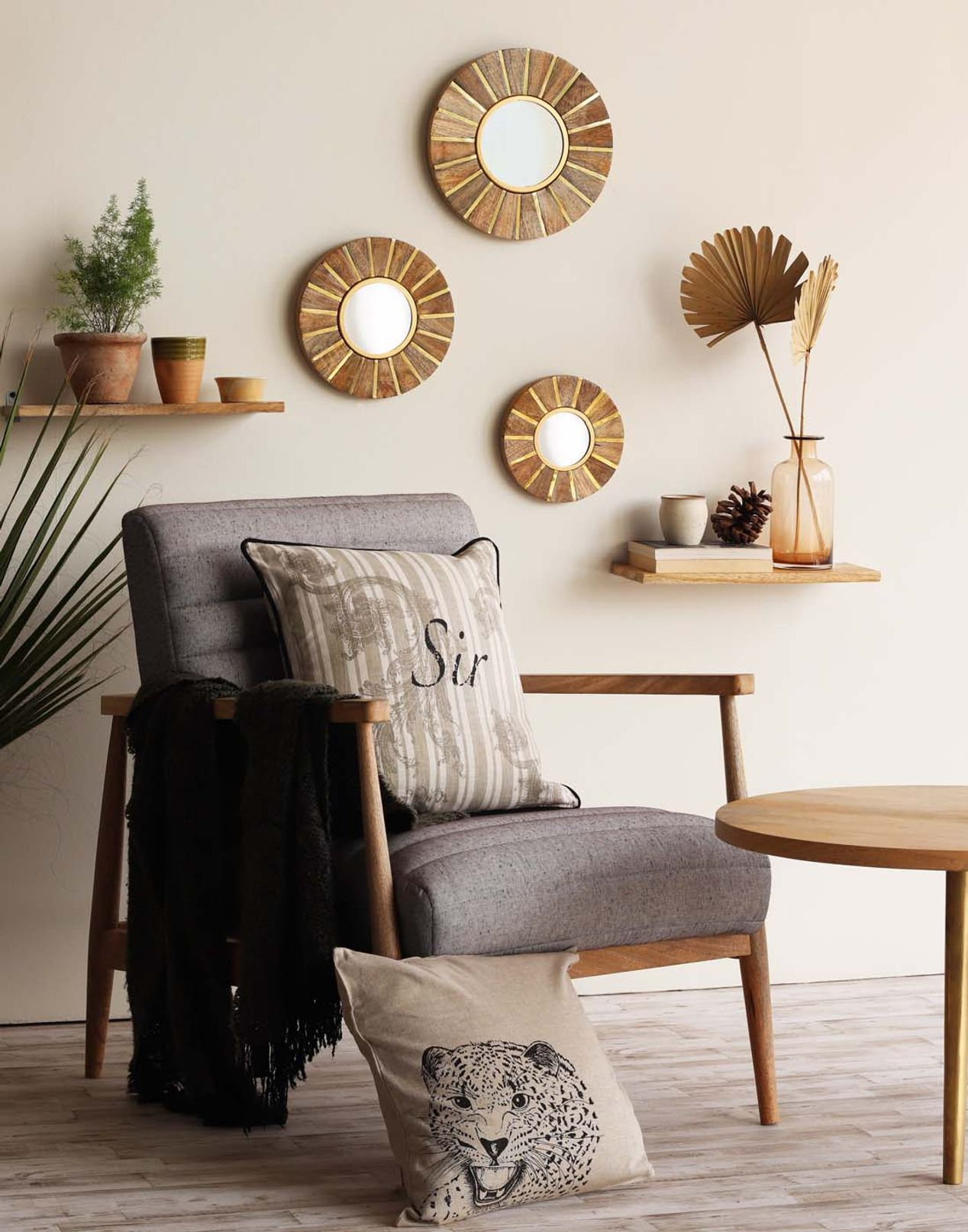 Wall Decors Home
