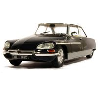 Citroen DS21 Chapron with lights