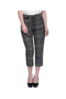 Women Black And White Printed Cropped Pants