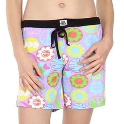 Love Peace -Women Shorts