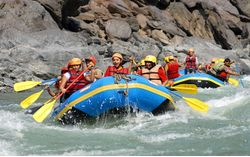 Rafting on Alaknanda (2 Days)