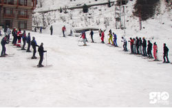 Skiing in Manali - 3 Days