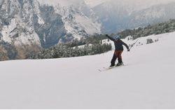 Skiing: Intermediate Course