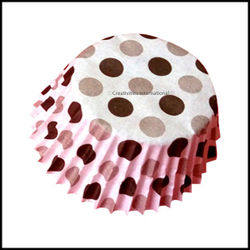 Chocolate Liners Black Base Polka Dots_8 cm