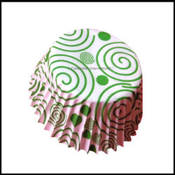 Chocolate Liners Green Swirl Design_8 cm