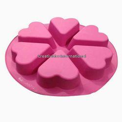 6 CAVITY HEART SHAPE CAKE MOULD