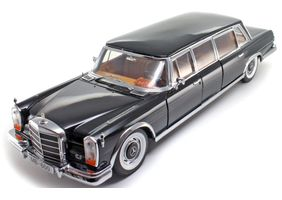 Mercedes Benz 600 Pullman Limousine