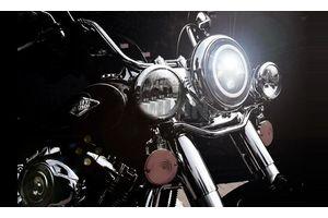 7 Inch Daymaker Projector LED Headlamp Black and Chrome for Harley Davidson