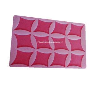 Diagonal Shapes Silicone chocolate garnishing mat
