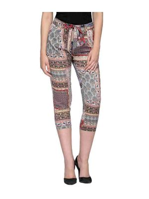 Women Multicolored Printed Cropped Pants