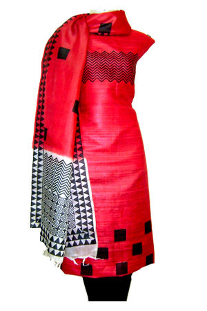 Dee's Alley Tussar Ghicha Silk Suit in Red  Color with Black  Contrast _SP 437